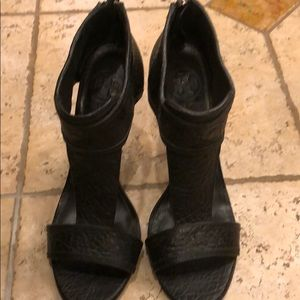 Black Tory burch heels with zippered back